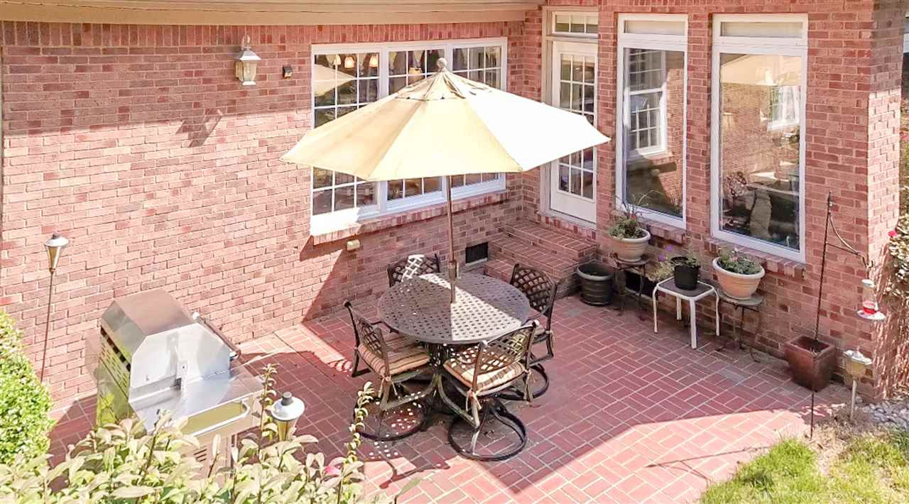 Patio area, great for entertaining