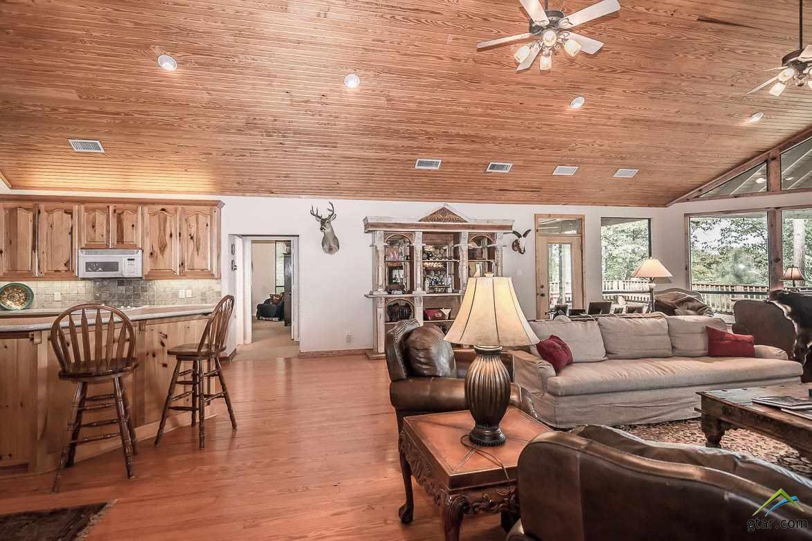 https://s3-us-west-2.amazonaws.com/cevado.idx1.ssl/tyler/10103346/644-camp-cypress-trail-winnsboro-75494-b353e07b_26.jpg