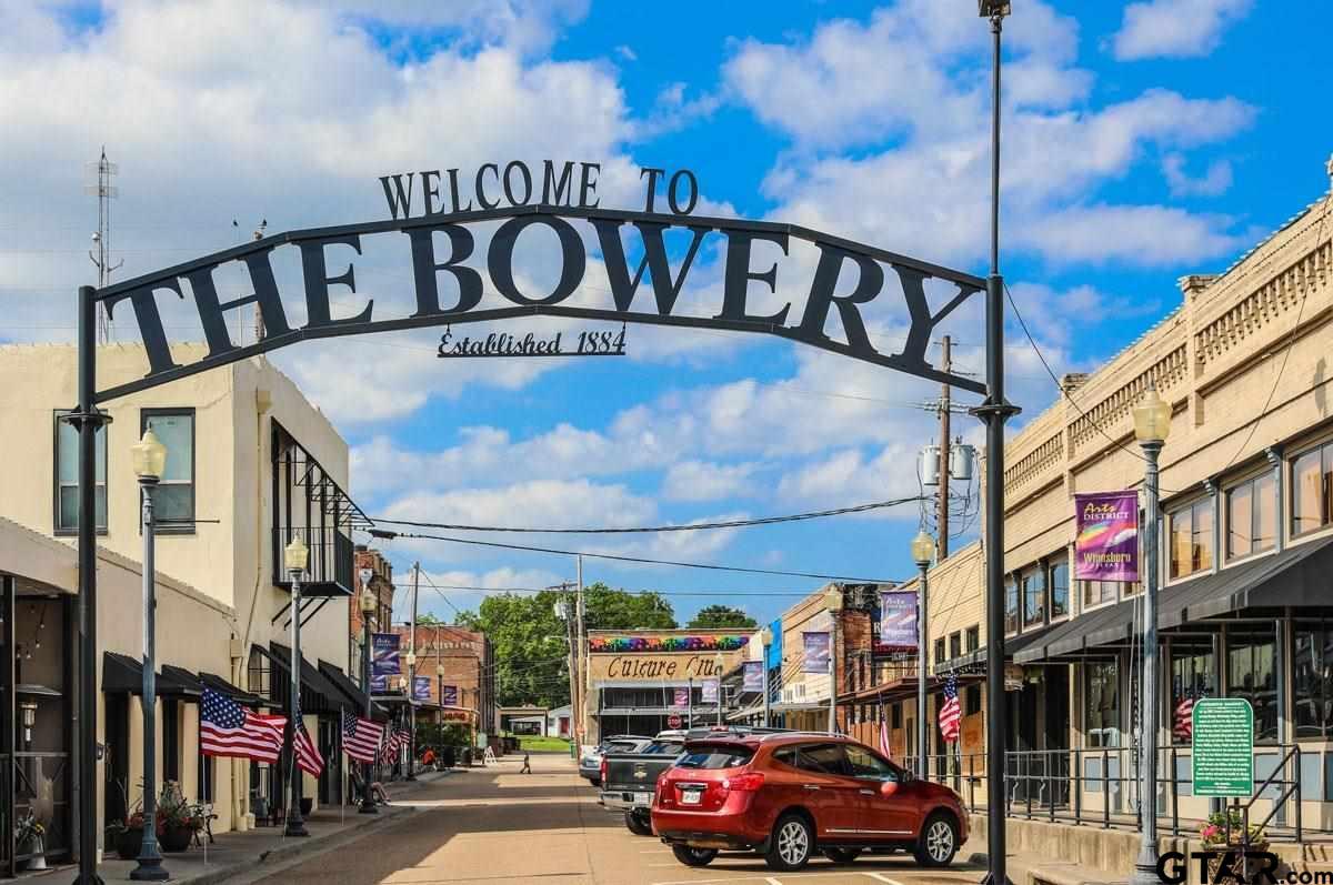 Bowery in Winnsboro