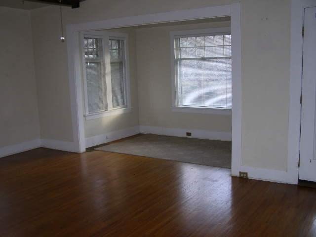 Living room w/alcove