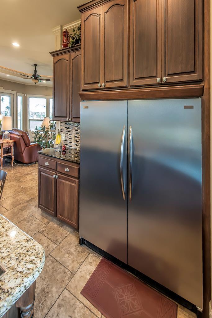 fridge/freezer built in