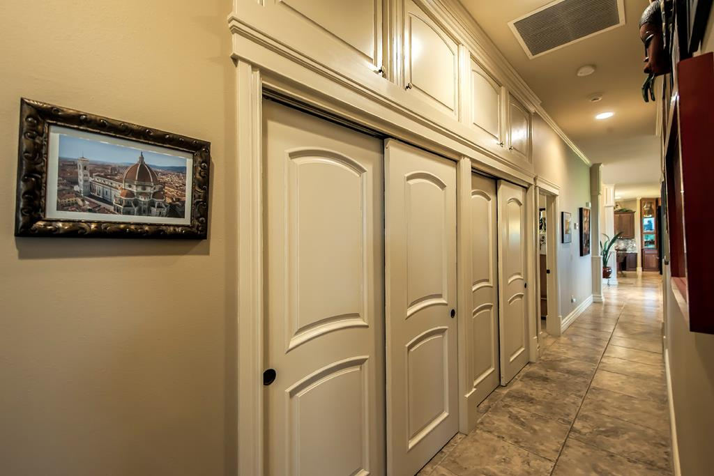 storage floor to ceiling