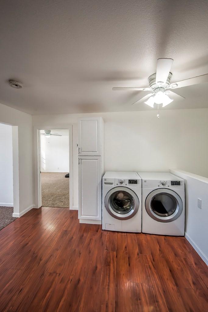 Laundry - Main Floor