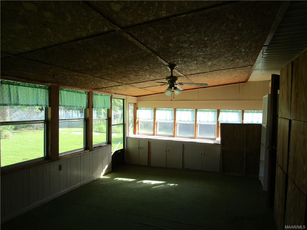 Glassed/screened porch