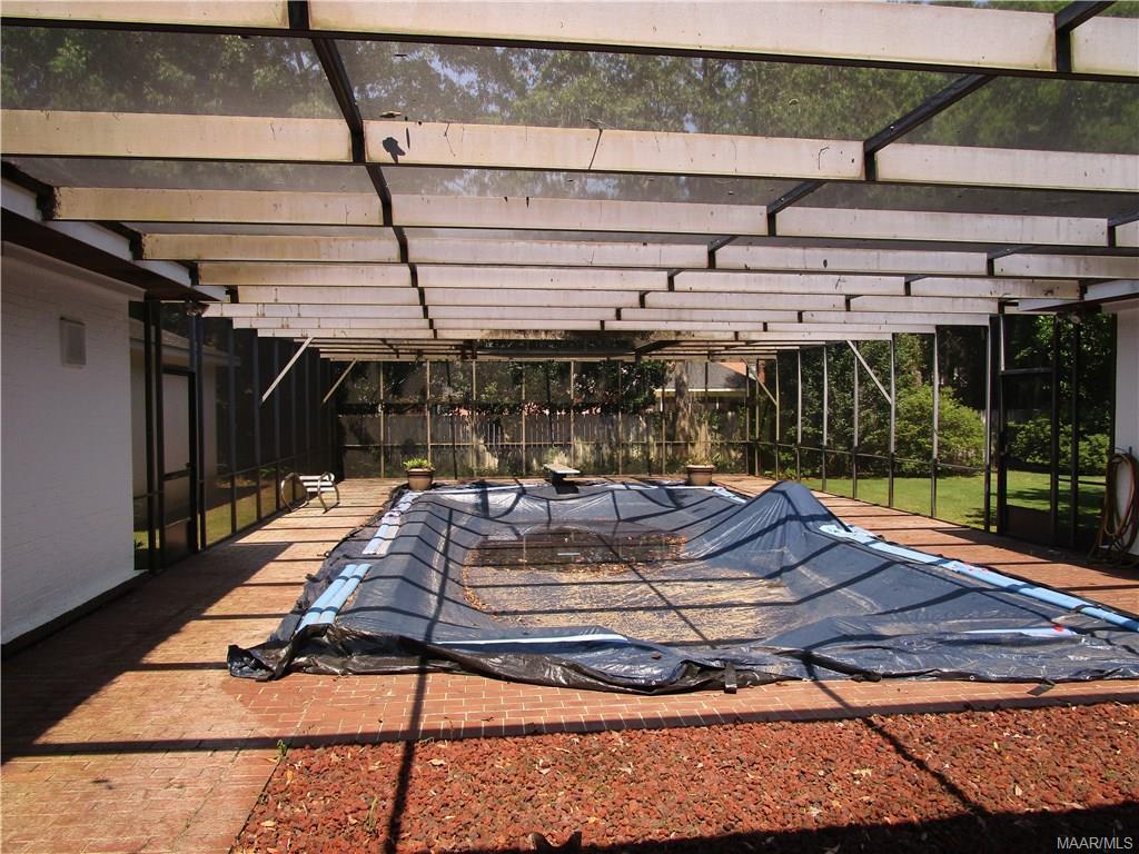 Screened porch enclosure