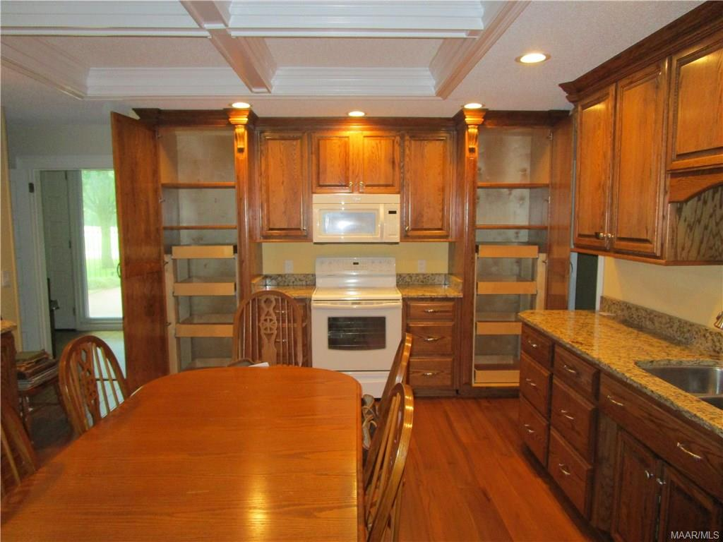Pull out drawers in pantries, granite countertops