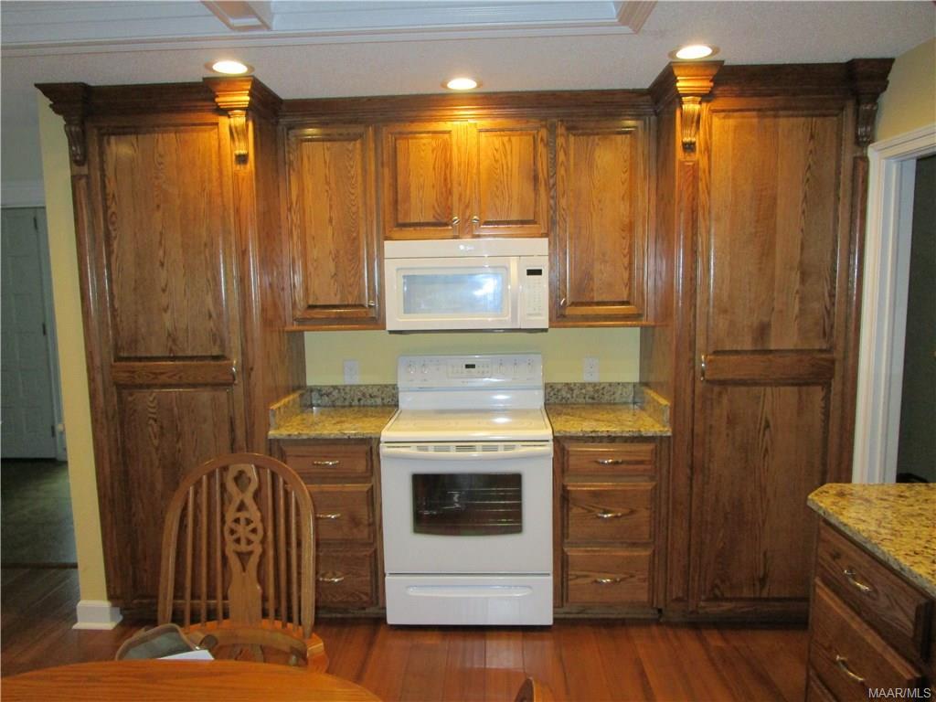 Range and microwave hood, built in pantries both s