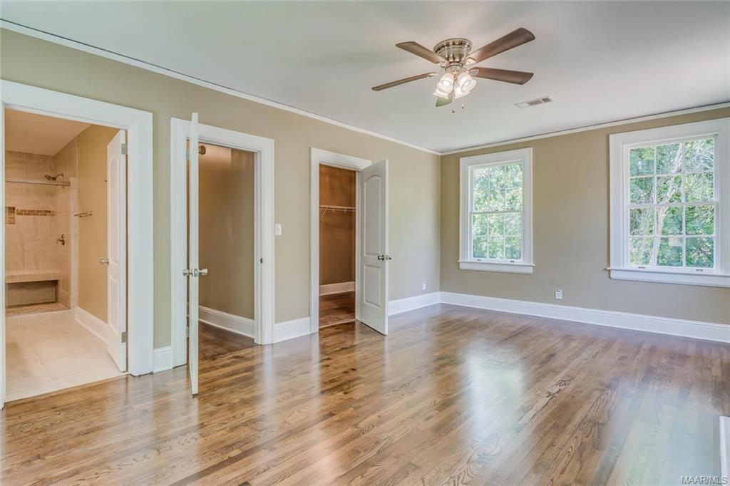 Huge master suite with huge walk in closet and NEW