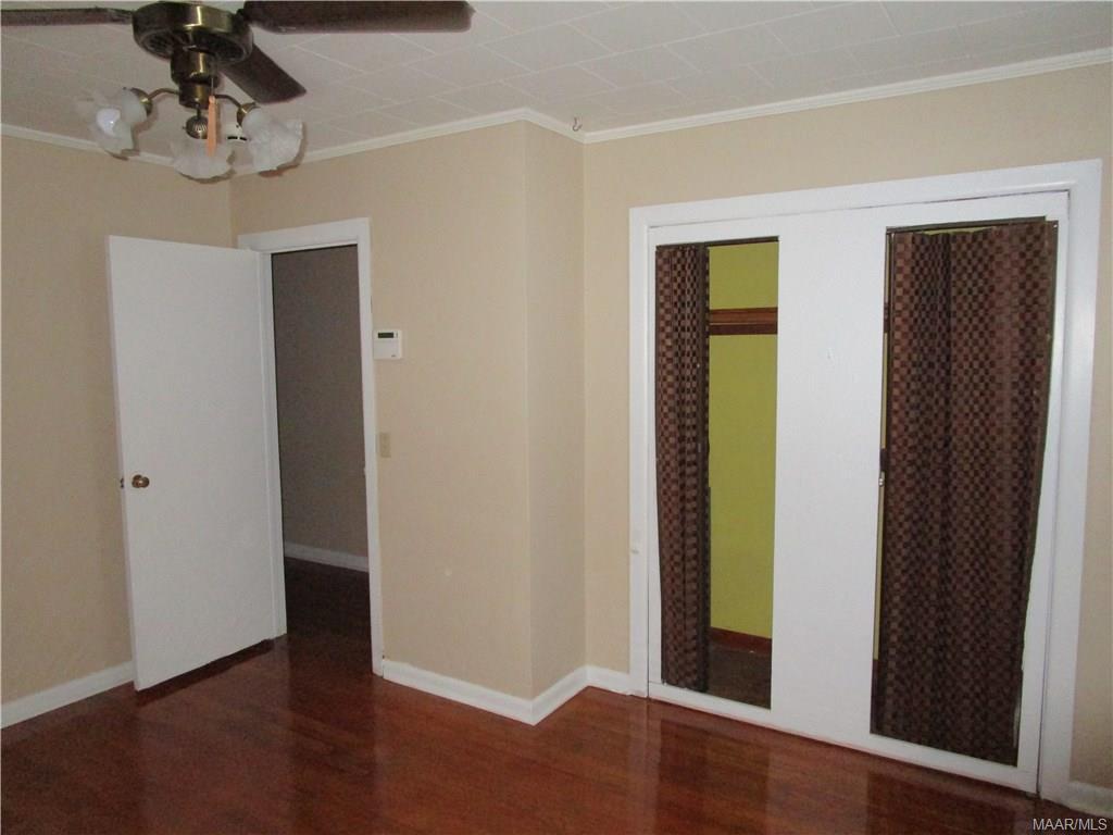 Front corner bedroom