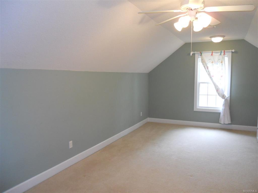 Bedroom or Bonus Room