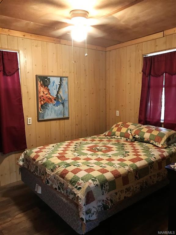 Bedroom Cabin 1