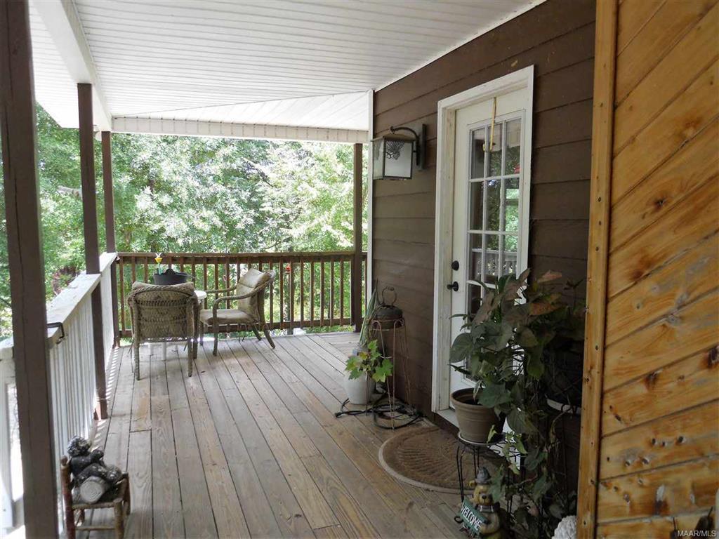 Main Cabin Deck