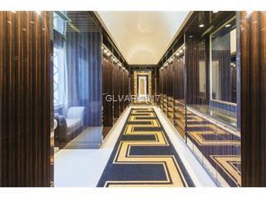 Gentleman\'s Closet