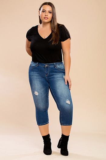 Junior Plus Size WannaBettaButt Capri