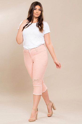 Junior Plus Size Super Soft Flood with Frayed Hem
