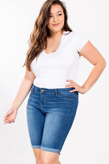 Junior Plus Size Basic Cuffed Bermuda Shorts
