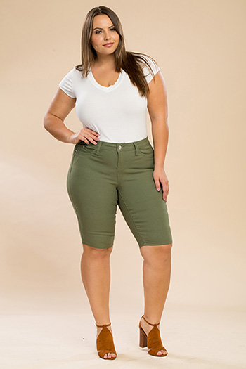 Junior Plus Size WannaBettaButt Twill Bermuda Shorts