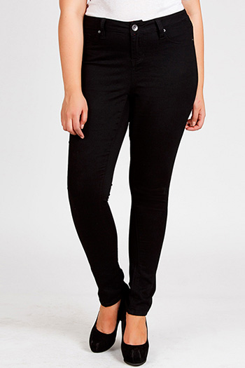 Junior Plus Size Essential Super Soft Skinny Jean
