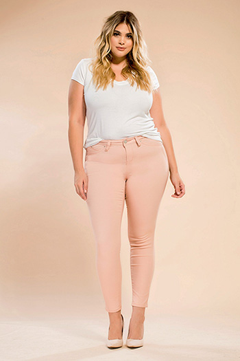 Junior Plus Size WannaBettaButt HyperTwill Skinny Jean