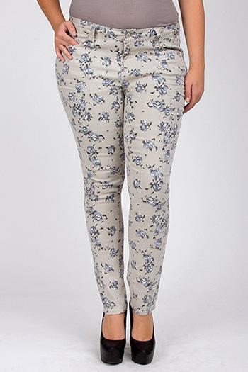 Junior Plus Size Floral Print Skinny Jean