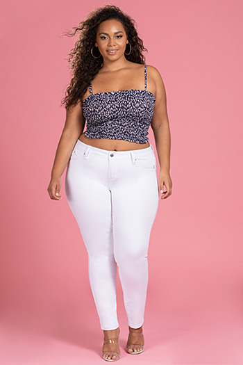 Junior Plus Size WannaBettaButt Skinny Pant