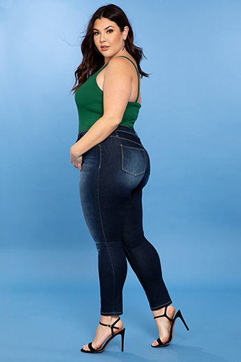 Junior Plus Size Super Soft Mid-Rise Skinny Jean