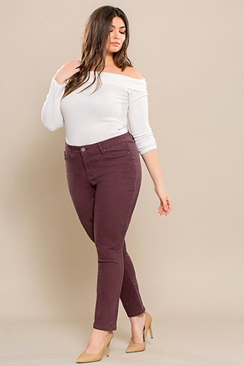Junior Plus Size Mid-Rise Skinny