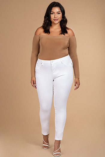Junior Plus Size WannaBettaButt Mid-Rise Denim Skinny Jean