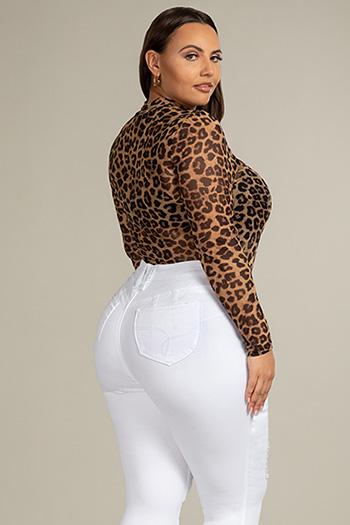 Junior Plus Size WannaBettaButt Straight Leg Mega Cuff Pant