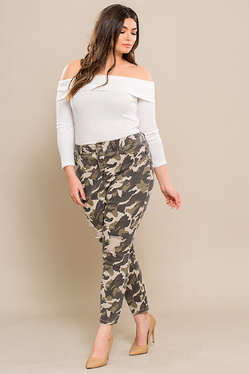 Junior Plus Size Hi-Waist Camo Anklet