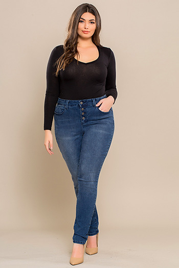 Junior Plus Size 4-Button Hide Your Muffin Top High-Waist Skinny Jean
