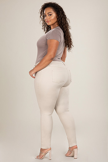 Junior Plus Size Hide Your Muffin Top High-Rise Basic Skinny Jean