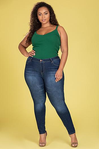 Junior Plus Size WannaBettaButt High-Rise Skinny Jean
