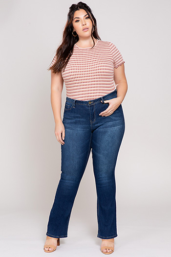 Junior Plus Size Mid-Rise Bootcut Jean