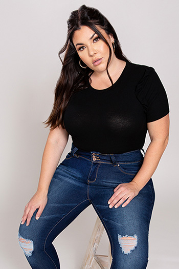 Junior Plus Size WannaBettaButt 3-Button High-Rise Skinny Jean