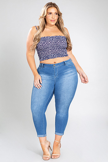 Junior Plus Size Mid-Rise Denim Ankle Jean