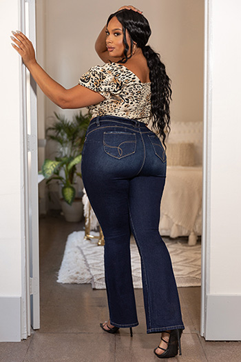 Junior Plus Size WannaBettaButt Low-Rise Distressed Denim Flare Jean