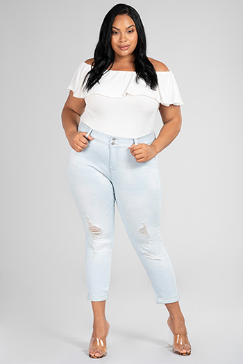 Junior Plus Size WannaBettaButt 2-Button Mid-Rise Distressed Cuffed Ankle Jean