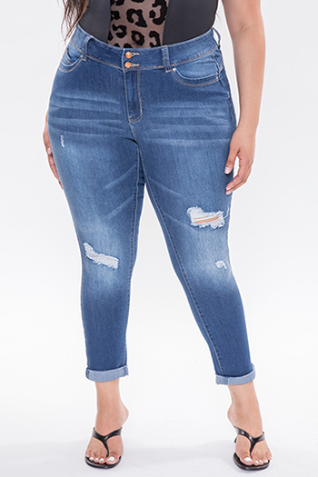 Junior Plus Size WannaBettaButt Double Button Ankle Jeans Made With Recycled Fibers
