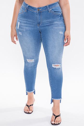 Junior Plus Size WannaBettaButt Mid-Rise Hi-Lo Hem Ankle Jean