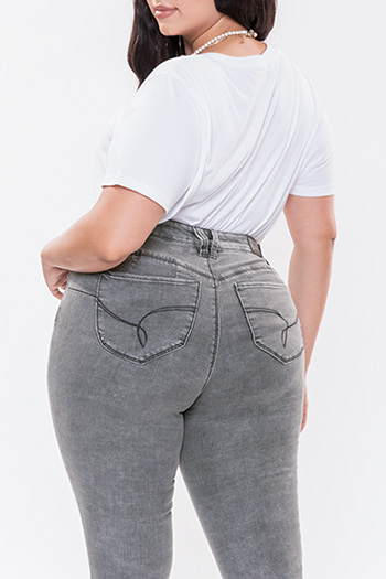 Women Plus WannaBettaButt Mid-Rise Skinny Jean