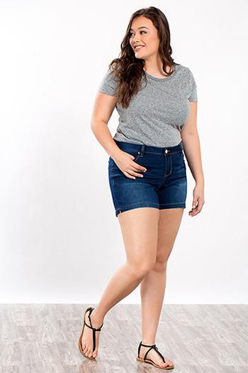 Junior Plus Size WannaBettaButt Shorts