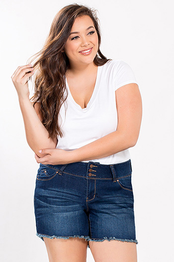Junior Plus Size WannaBettaButt Fray Hem Shorts