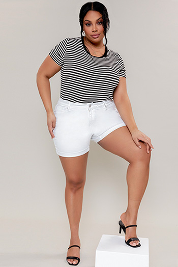 Junior Plus Size Hide Your Muffin Top Cuffed Shorts