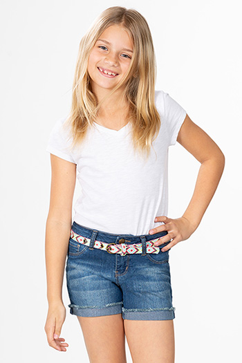 Girls Basic Fray Cuffed Shorts with Belt