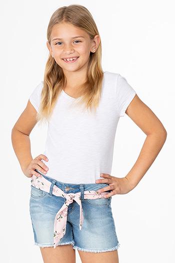 Girls Basic Fray Hem Shorts with Belt