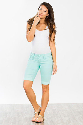 Junior WannaBettaButt 3-Button Wide Waist Bermuda Shorts