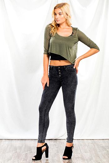 Junior Mid-Rise Skinny Jean