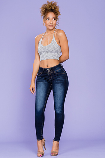 Junior WannaBettaButt Mid-Rise 3-Button Skinny Jean