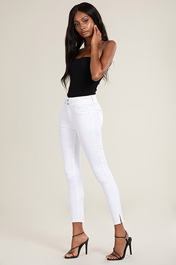 Junior Hide Your Muffin Top 2-Button Frayed Hem Denim Jeans with Side Slits